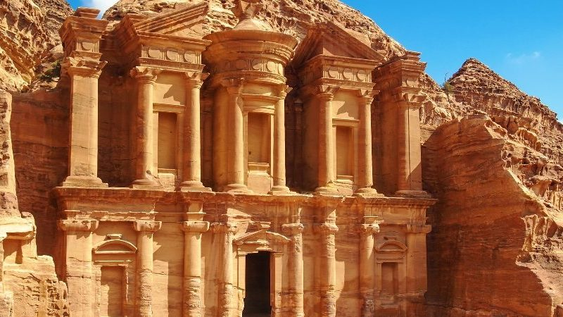 Get immersed in the bewitching beauty of Jordan through Jordan tours