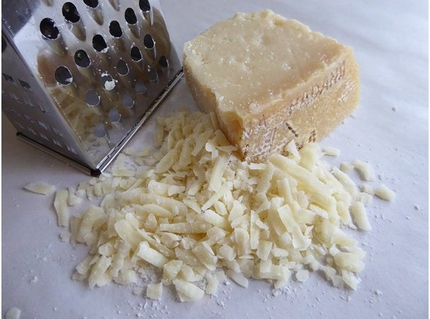 What Is The Difference Between Grated And Cheese?