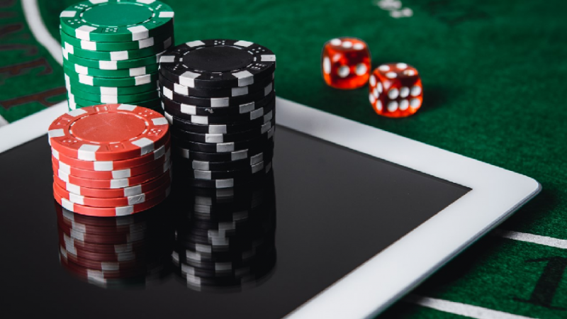 TIPS TO PLAY THE DOMINOQQ POKER ONLINE GAME