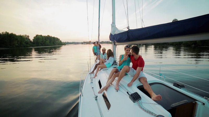 Sailing to dream destinations